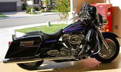 2004 FLHTCSE Photos http://www.chopperexchange.com/ForSale/Harley-Davidson/Screamin_Eagle_Electra_Glide/245047