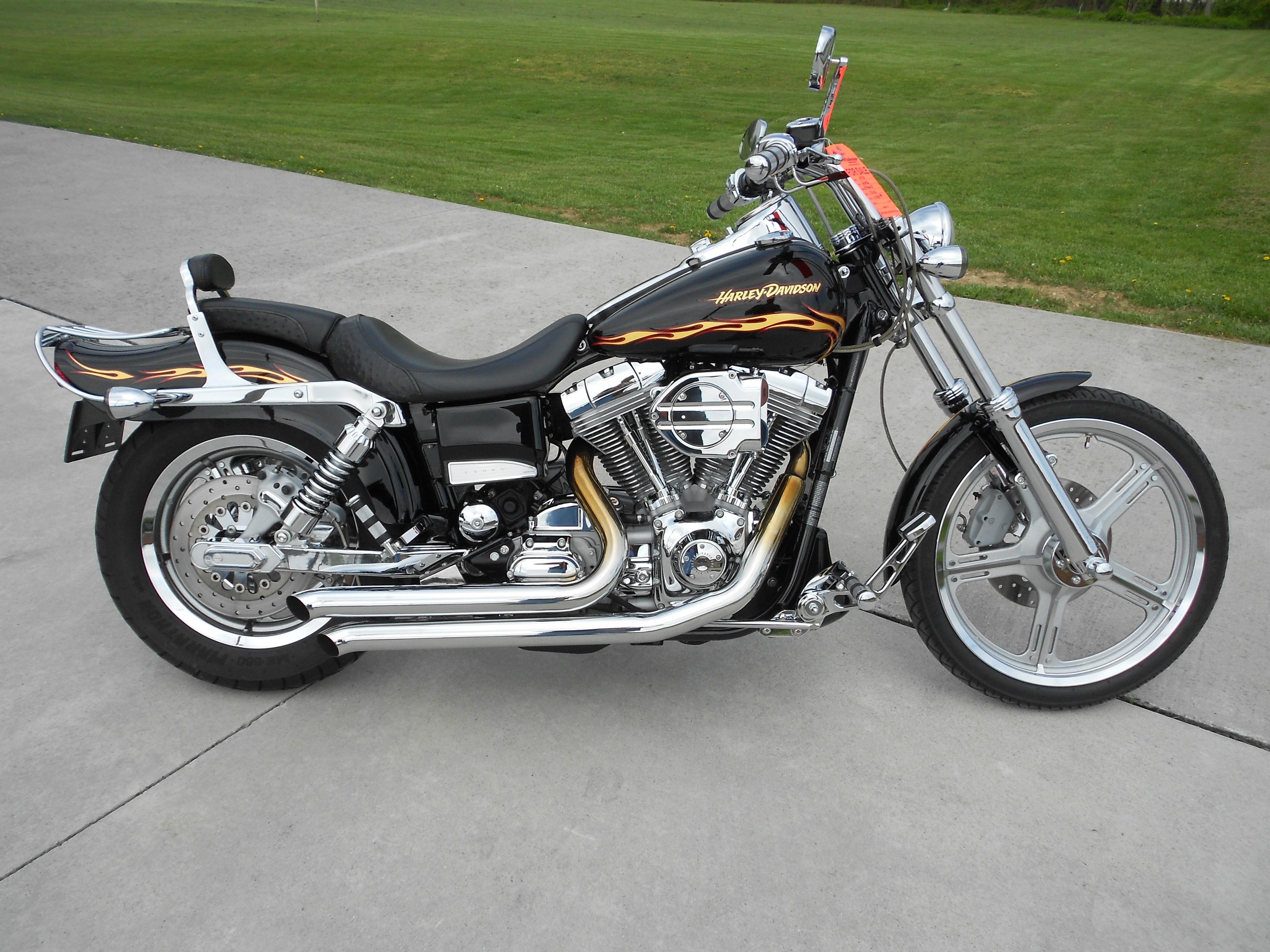 2002 Harley-Davidson® FXDWG3 Dyna