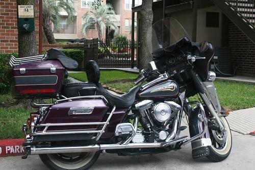 Photo of a 1997 Harley-Davidson® FLHTC/I Electra Glide® Classic