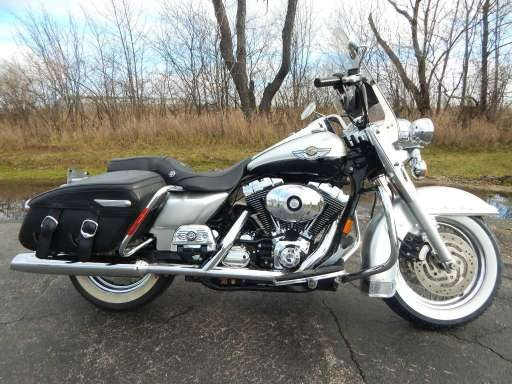 Photo of a 2003 Harley-Davidson® FLHRC/I-ANV Road King® Classic Anniversary