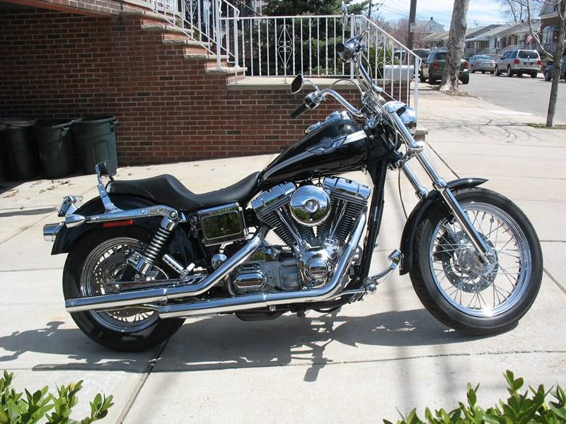 Photo of a 2003 Harley-Davidson® FXD-ANV Dyna® Super Glide® Anniversary
