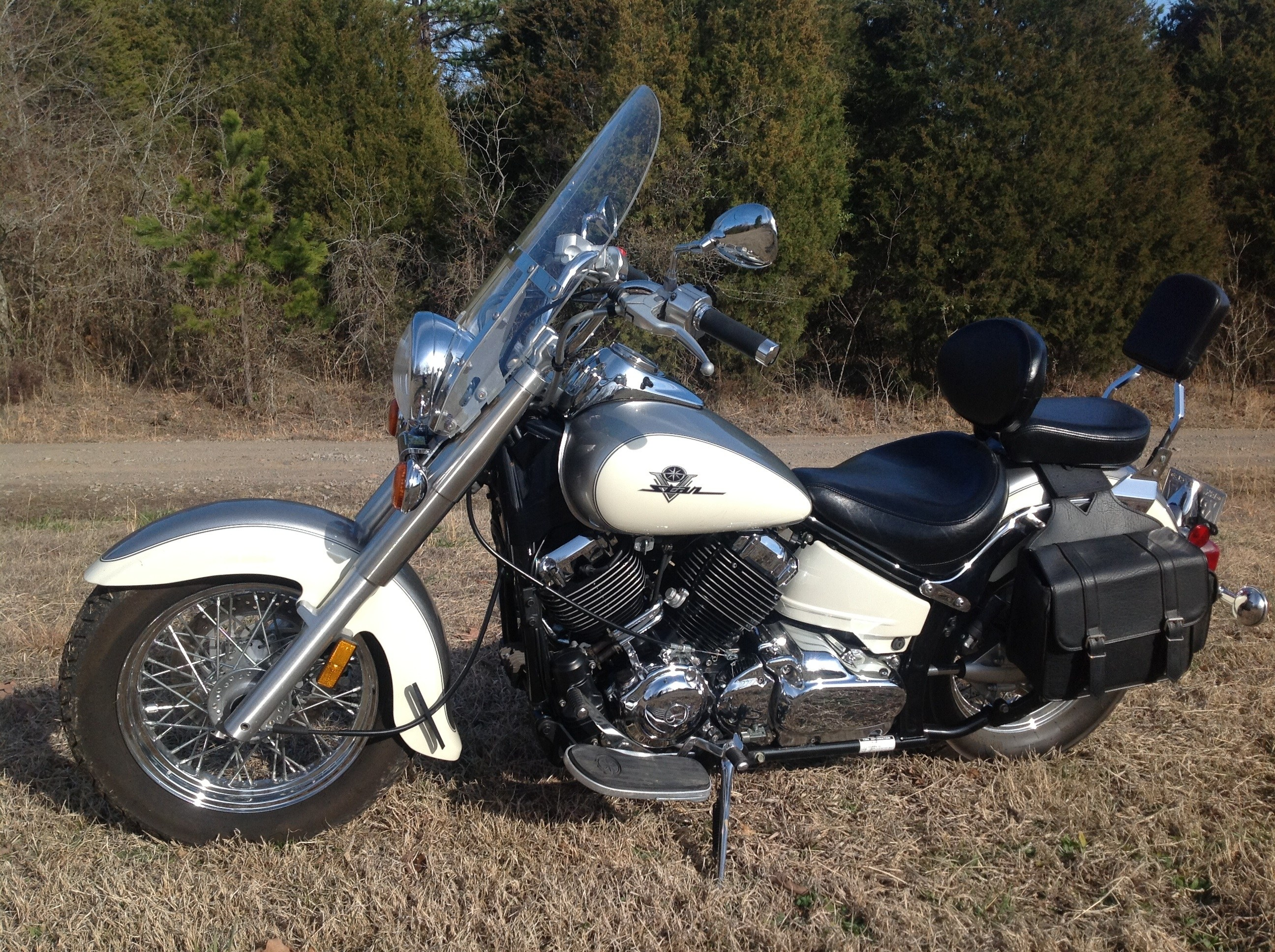 2003 yamaha xvs65a v star 650 classic pearl white and silver greenwood arkansas 347932. Black Bedroom Furniture Sets. Home Design Ideas