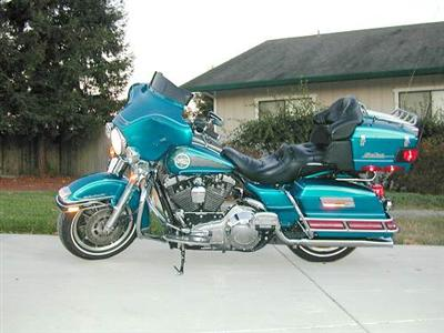 Photo of a 1995 Harley-Davidson® FLHTCU Ultra Classic® Electra Glide®