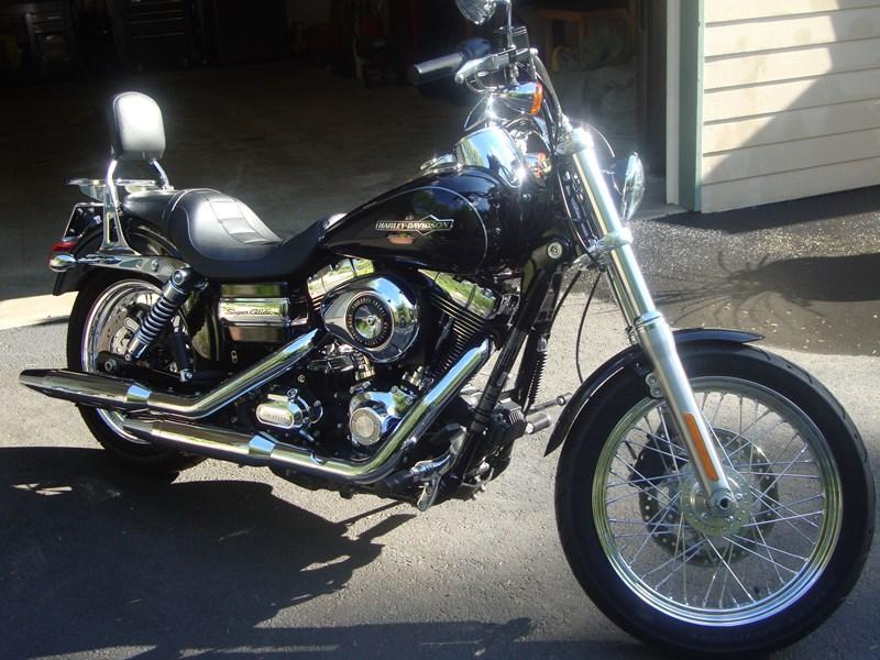 Harley Davidson Pictures 2012 Fxdc Dyna Super Glide Custom: 2012 Harley-Davidson® FXDC Dyna® Super Glide Custom (Black