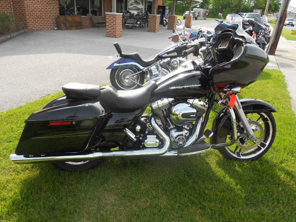 2015 Harley-Davidson® FLTRXS Road Glide® Special – $21900