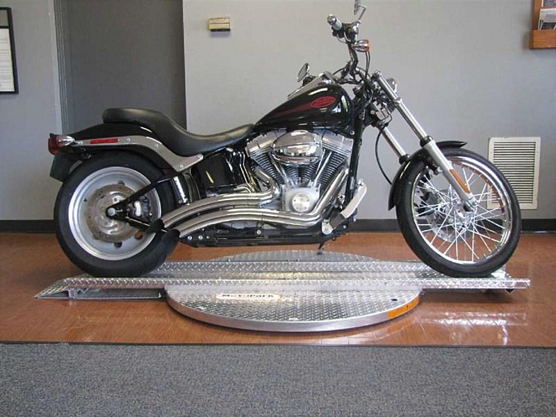 Photo of a 2006 Harley-Davidson® FXST/I Softail® Standard